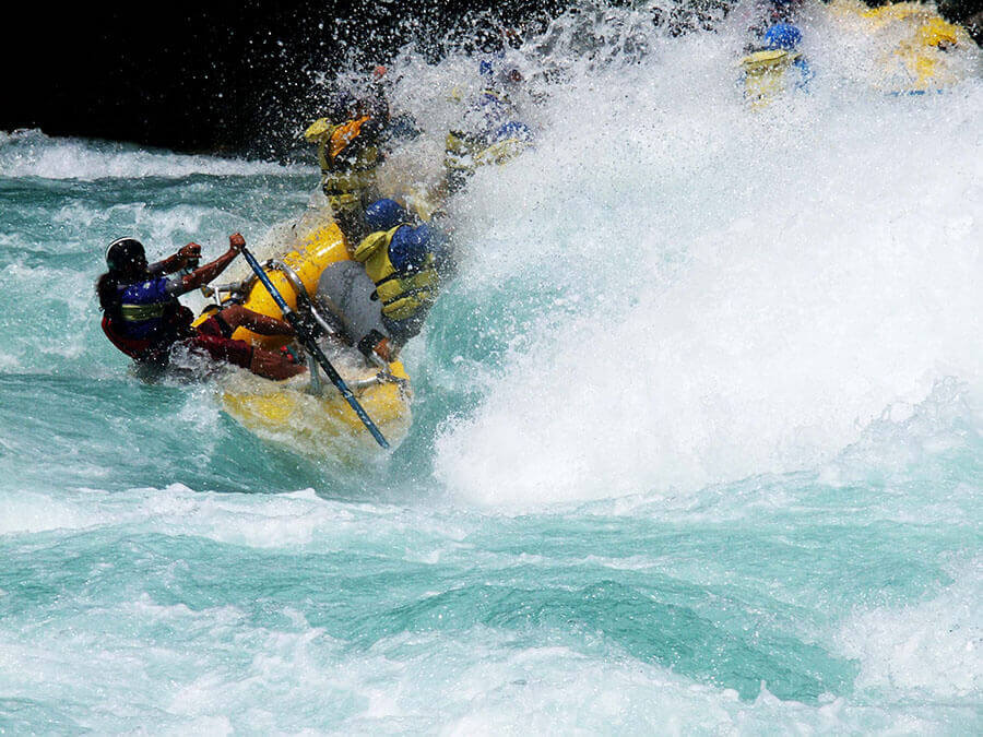 whitewater rafting on the Futalafu